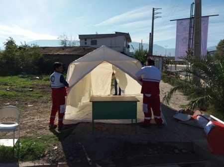 جمع آوری کمک های مردمی برای مناطق زلزله زده کرمانشاه